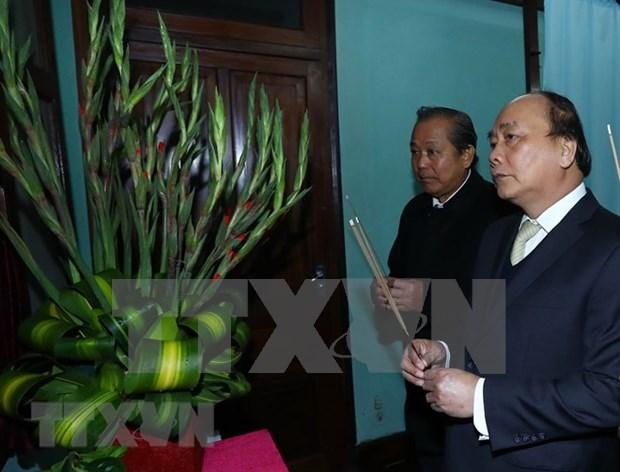Rinden homenaje al Presidente Ho Chi Minh por Dia Nacional de Vietnam hinh anh 1