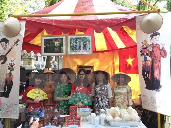Vietnam participa en Festival de las embajadas en Paises Bajos hinh anh 1