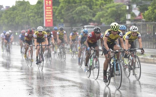 Atleta filipino gana tercera etapa del torneo internacional de ciclismo en Vietnam hinh anh 1