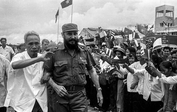 Fidel en el centro de Vietnam, en los corazones de los vietnamitas hinh anh 2