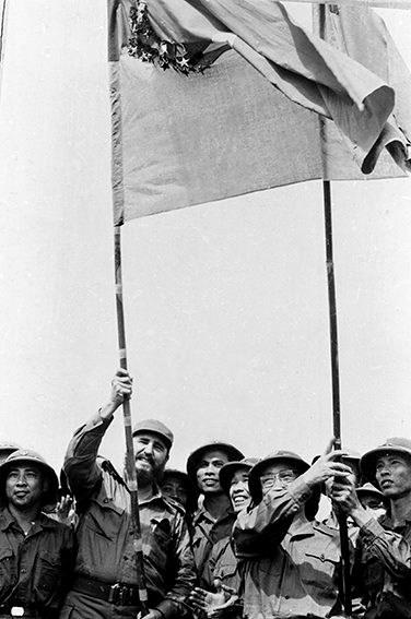 Fidel en el centro de Vietnam, en los corazones de los vietnamitas hinh anh 9