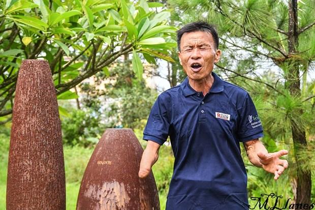 Bombas y minas en Vietnam, un drama que no termina hinh anh 1