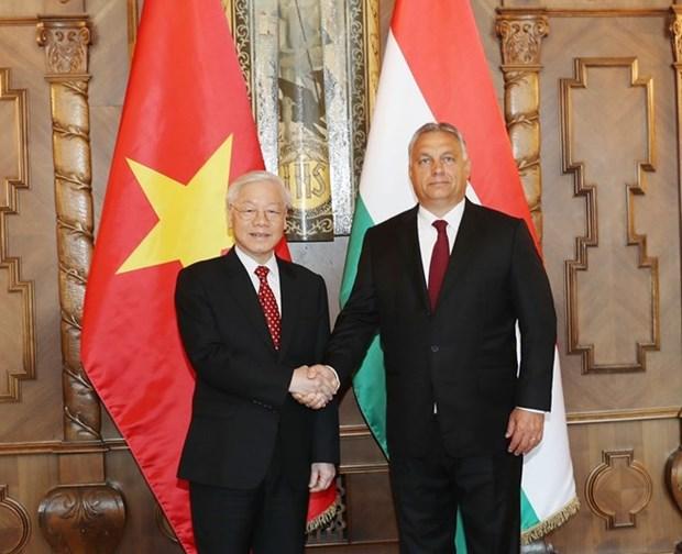 Secretario general del PCV concluye visita oficial a Hungria hinh anh 1