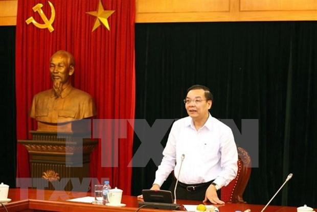 Ministro vietnamita de Ciencia y Tecnologia recibe al presidente ejecutivo del Foro Economico Mundial hinh anh 1
