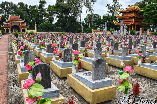 Historia de Quang Tri contada por sus cementerios hinh anh 5