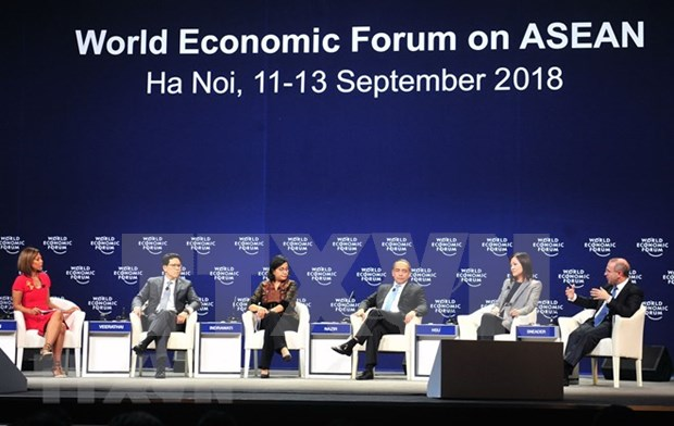 Paises de la ASEAN por estrechar cooperacion en economia para enfrentar desafios hinh anh 1