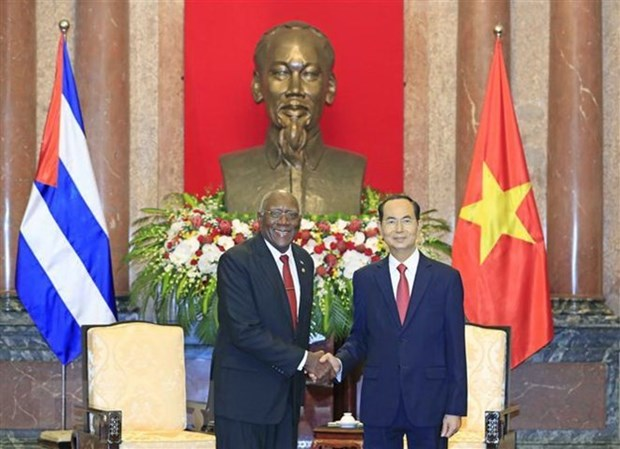 Vietnam decidido a continuar fortaleciendo la solidaridad con Cuba hinh anh 1