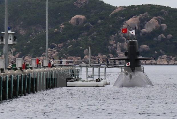 Visita Vietnam submarino de Fuerza Maritima de Autodefensa de Japon hinh anh 1