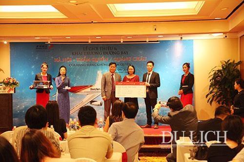 Inauguran rutas aereas entre capital de Vietnam y dos ciudades chinas hinh anh 1