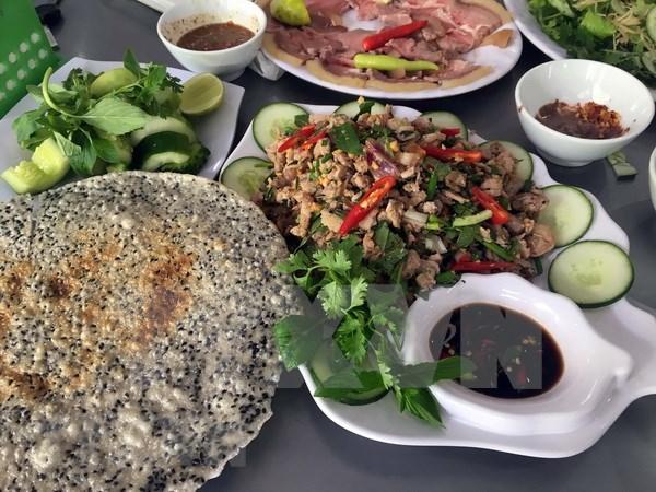 Productos vietnamitas presentes la feria de alimentos en Rusia hinh anh 1