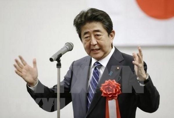 Vietnam felicita a Shinzo Abe por su reeleccion como presidente del partido gobernante de Japon hinh anh 1