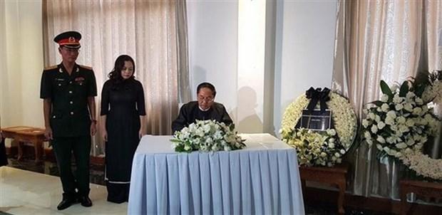 Embajadas de Vietnam en Myanmar y Mexico rinden homenaje postumo al presidente Tran Dai Quang hinh anh 1