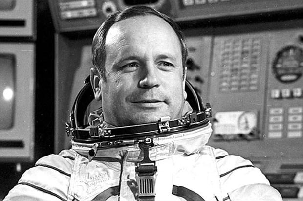 Rusia inaugura monumento del astronauta Viktor Gorbatko, un amigo cercano de Vietnam hinh anh 1