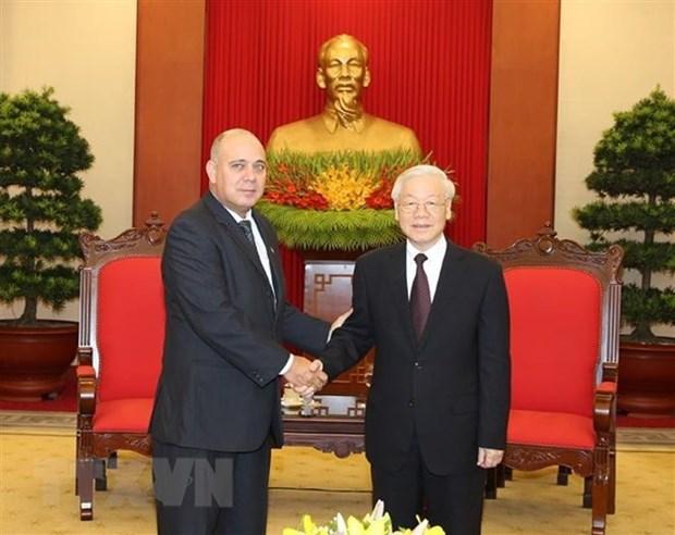 Vietnam hara todo lo posible para consolidar lazos con Cuba, afirma secretario general del Partido Comunista hinh anh 1