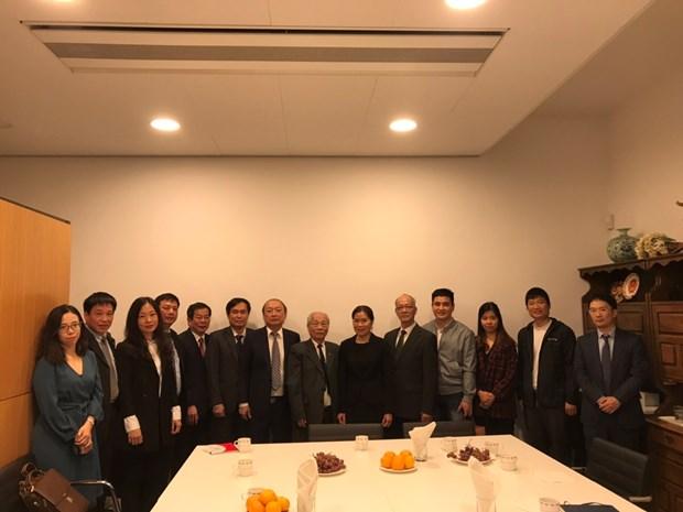 Vietnam estudia experiencias de Paises Bajos en desarrollo de las comunicaciones hinh anh 2