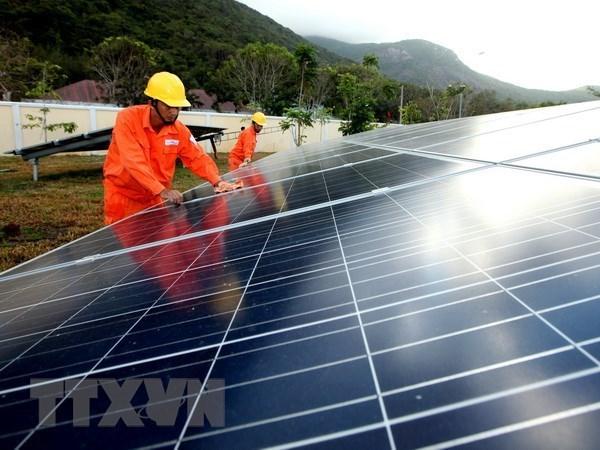 Registran varias oportunidades de negocios en industria auxiliar de sector energetico en Vietnam hinh anh 1