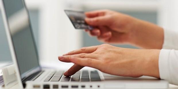 Circulan mas de 96 millones de tarjetas bancarias en Vietnam hinh anh 1
