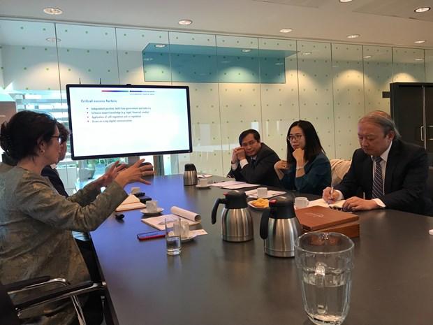 Vietnam estudia experiencias de Paises Bajos en desarrollo de las comunicaciones hinh anh 1