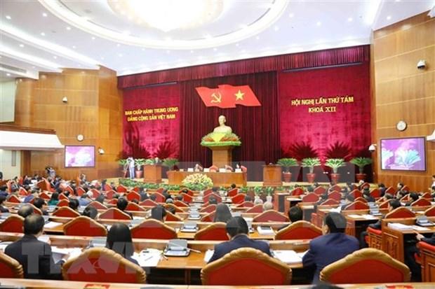 Comite Central del Partido Comunista de Vietnam analiza situacion socioeconomica hinh anh 1