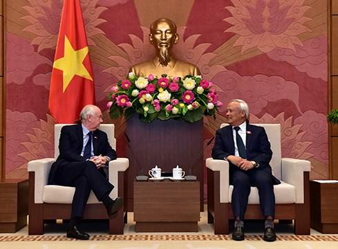 Vietnam y Reino Unido por fomentar nexos entre organos legislativos hinh anh 1