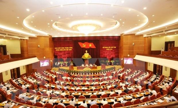 Comite Central del Partido Comunista de Vietnam presenta propuestas para desarrollo socioeconomico hinh anh 1