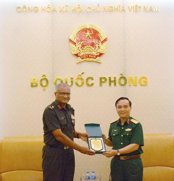 Vietnam aprecia cooperacion en defensa con la India hinh anh 1