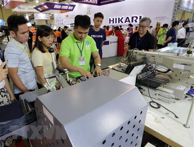 Efectuaran exposiciones del sector de confecion y calzado en Ciudad Ho Chi Minh hinh anh 1