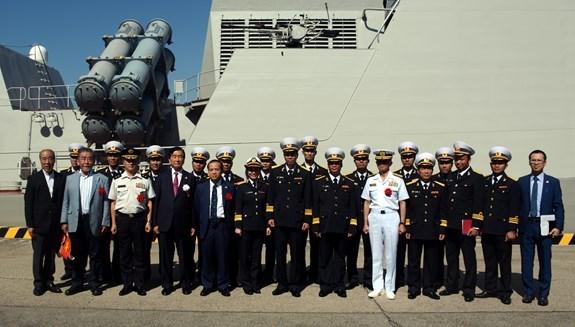 Barco de la Armada Popular de Vietnam llega a prefectura nipona de Osaka hinh anh 1