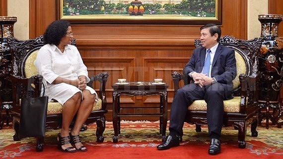 Cuba busca fomentar cooperacion en salud con Ciudad Ho Chi Minh hinh anh 1