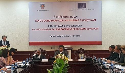 Vietnam coordina con Union Europea para mejorar sistema legal y juridico nacional hinh anh 1