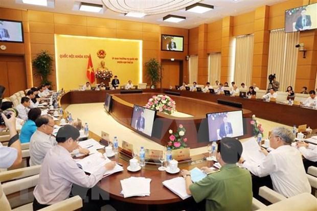 Comite Permanente del Parlamento de Vietnam comienza su reunion 28 hinh anh 1