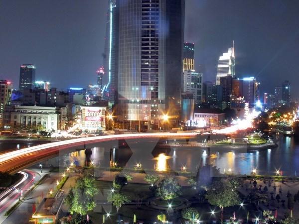 Especialistas destacan el boom de la economia de Vietnam hinh anh 1