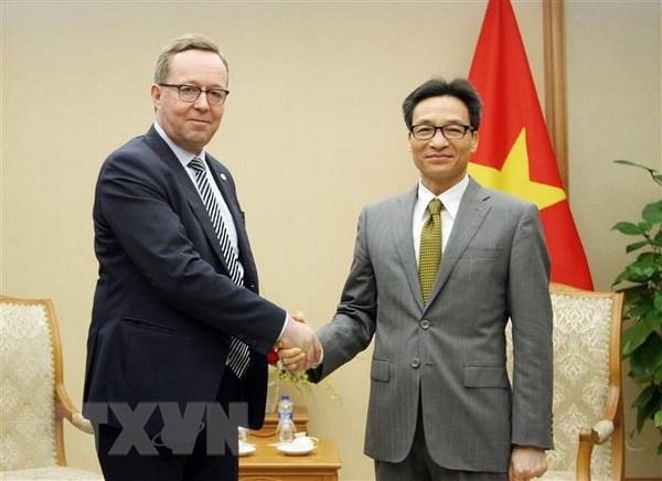 Vietnam insta a mayor apoyo de Finlandia en desarrollo de energia limpia hinh anh 1