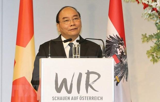 Premier de Vietnam invita a inversiones austriacas en sectores de alta tecnologia hinh anh 1