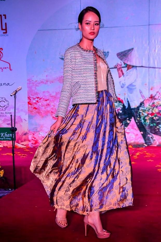 Colores del otono tinen a la moda en Vietnam hinh anh 2