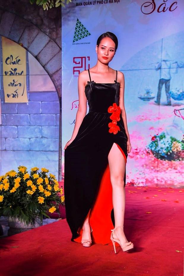 Colores del otono tinen a la moda en Vietnam hinh anh 5