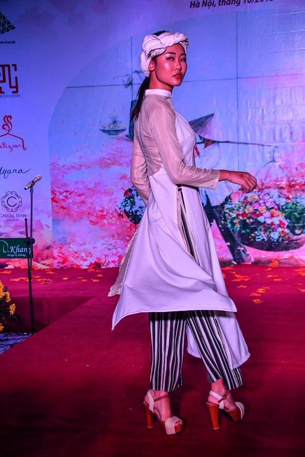 Colores del otono tinen a la moda en Vietnam hinh anh 8