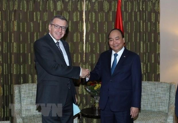 Premier vietnamita se reune con ex canciller belga hinh anh 1