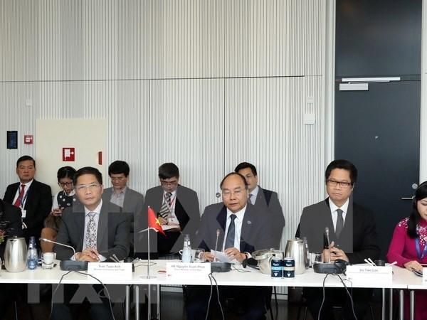 Premier de Vietnam dialoga con empresas danesas hinh anh 1