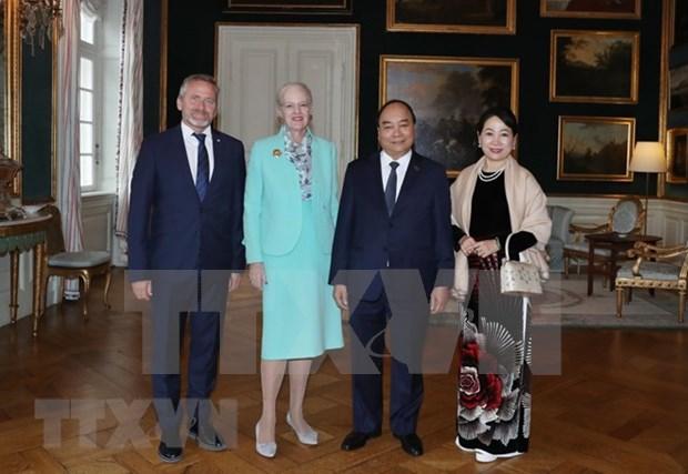 Primer ministro vietnamita dialoga con la Reina de Dinamarca hinh anh 1