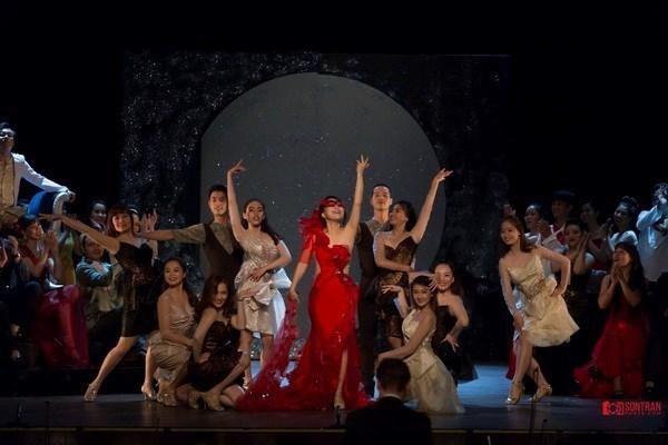 """Presentaran en Ciudad Ho Chi Minh opereta comica """"El Murcielago"""" hinh anh 1"""