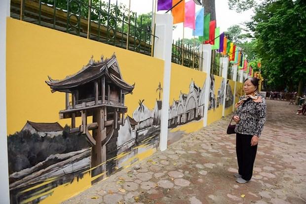 Frescos reproducen ambiente de Hanoi antigua hinh anh 1