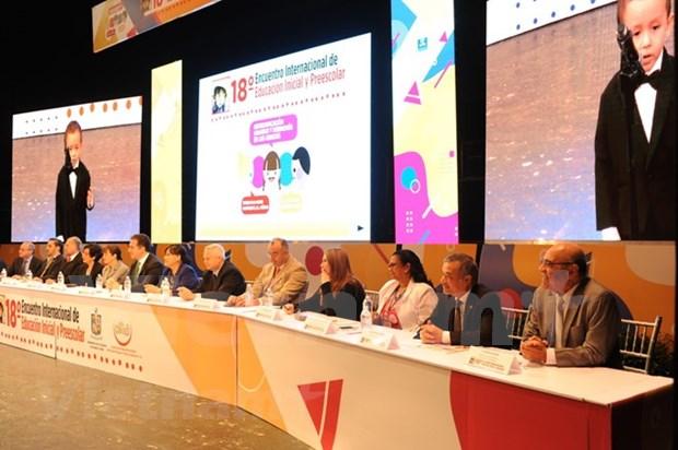 Asistio Vietnam a seminario internacional de educacion inicial y preescolar en Mexico hinh anh 2