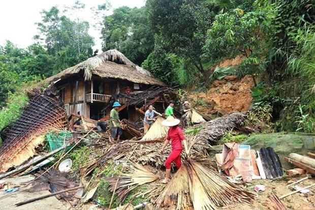 Perdidas humanas en provincia norvietnamita por inundaciones subitas hinh anh 1