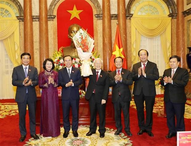 Maximo dirigente partidista y estatal de Vietnam recaba apoyo de la Oficina Presidencial hinh anh 1