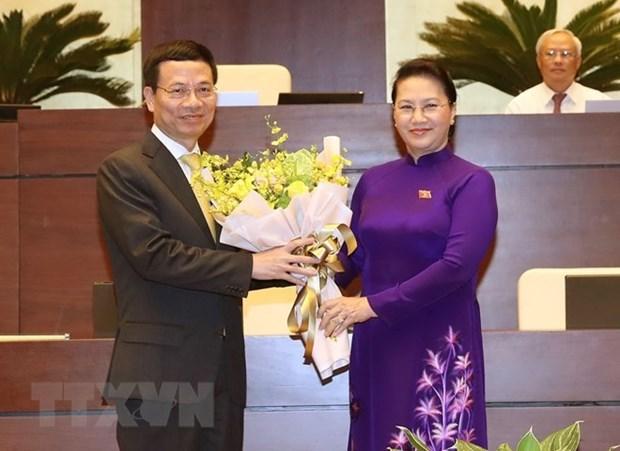Parlamento de Vietnam aprueba designacion de Nguyen Manh Hung como Ministro de Informacion y Comunicacion hinh anh 1