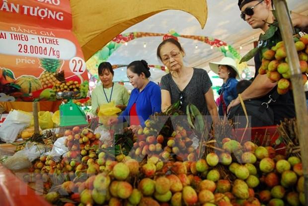 Casi 80 por ciento de las tiendas de frutas en Hanoi cumplen con estandares de seguridad hinh anh 1