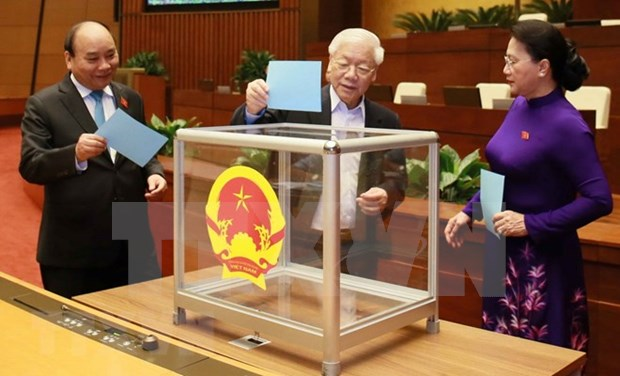 Parlamento de Vietnam aprueba lista de cuadros sometidos a voto de confianza hinh anh 1
