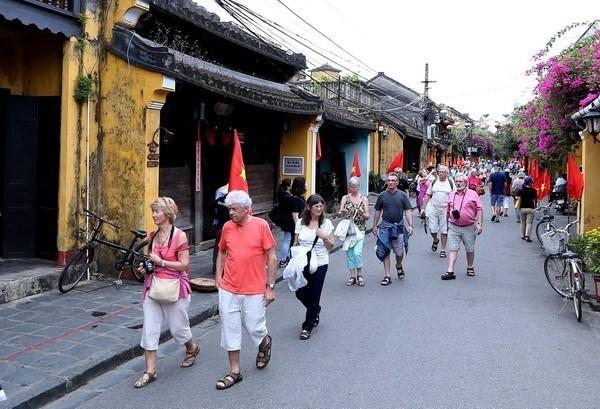 Ciudad vietnamita de Hoi An promueve uso de bicicletas para proteger el medio ambiente hinh anh 1