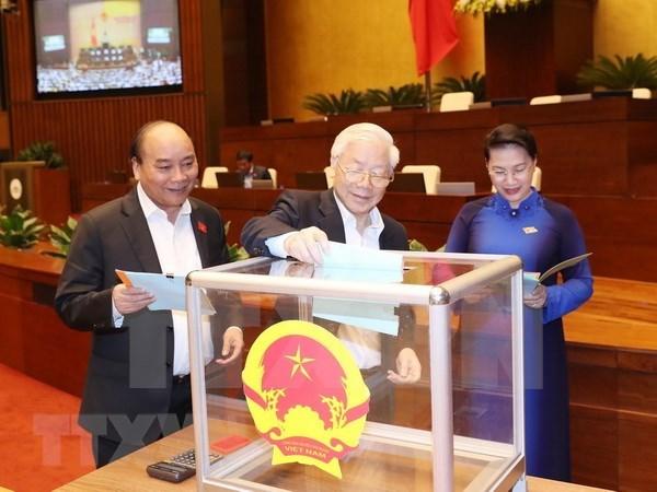 Parlamento vietnamita realiza votacion de confianza en cuarta jornada de VI periodo de sesiones hinh anh 1